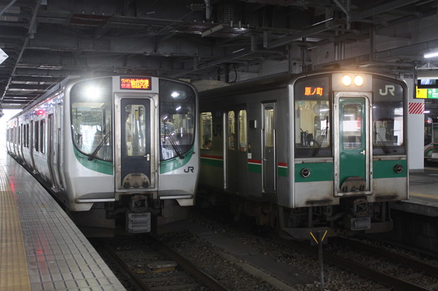 E721系500番台P501編成・701系1500番台F2-517編成 (1)