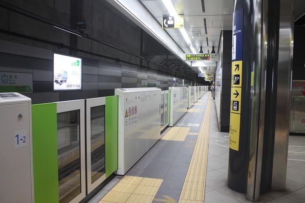 仙台市営地下鉄東西線 仙台駅4番線ホーム