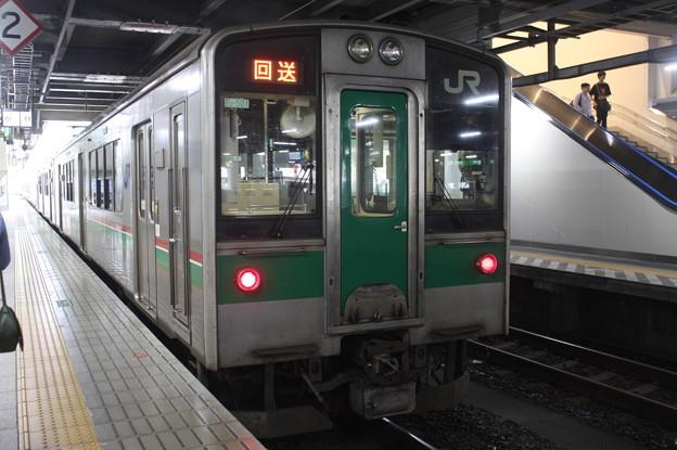 東北本線 701系1500番台F2-501編成 (1)