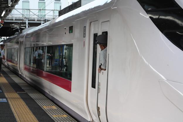 E657系 特急ときわ60号 上野 行 土浦発車