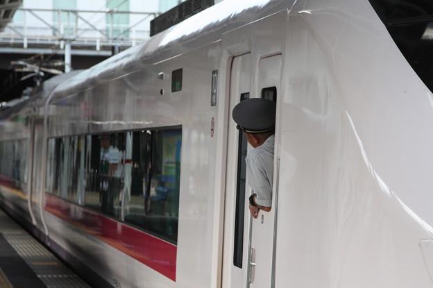 E657系 特急ときわ60号 上野 行 土浦発車 (1)