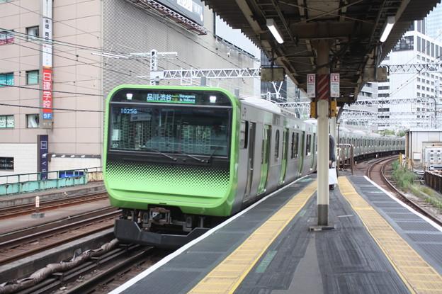 山手線 E235系トウ07編成