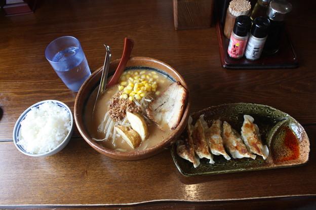 味噌屋 麺吉 札幌味噌ラーメン コーン トッピング