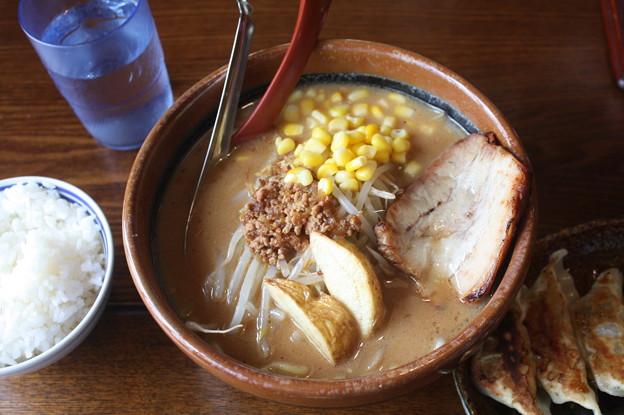 味噌屋 麺吉 札幌味噌ラーメン コーン トッピング (1)