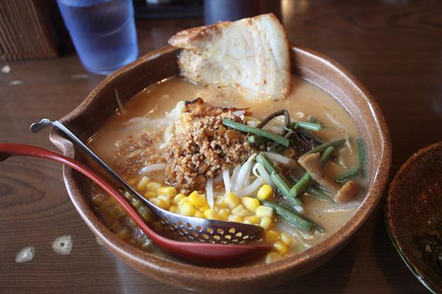 味噌屋 麺吉 信州味噌ラーメン コーン・チャーシュー トッピング