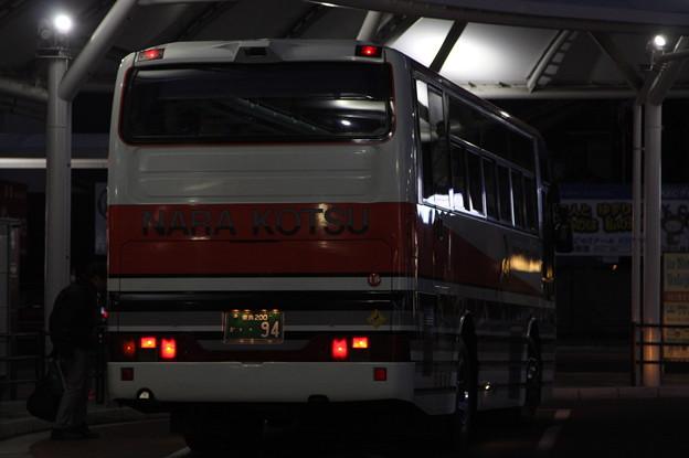 奈良交通 奈良200か94 リア側
