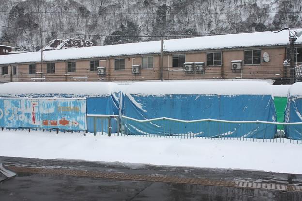 Photos: 富山地方鉄道本線宇奈月温泉駅から見た黒部峡谷鉄道