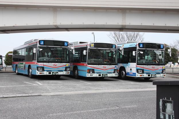 京浜急行バス E4831号車・E1651号車・E4865号車