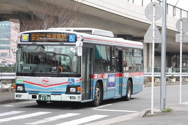 京浜急行バス B4523号車