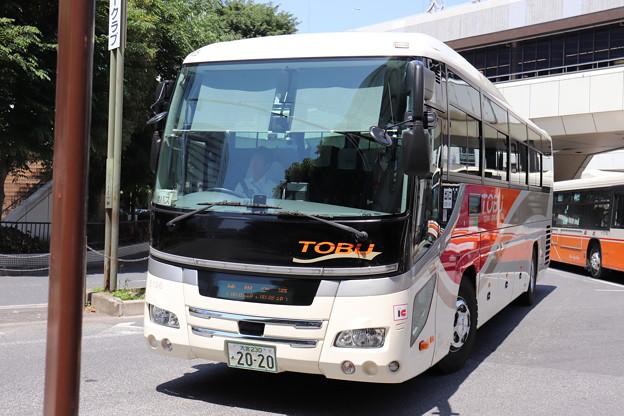 東武バス 5196号車
