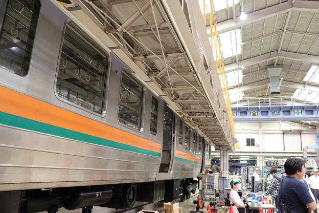 Photos: 入場中の211系中間車