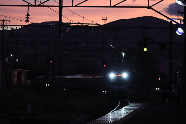 台風一過 夕暮れの友部駅に進入するE531系 2019.09.09