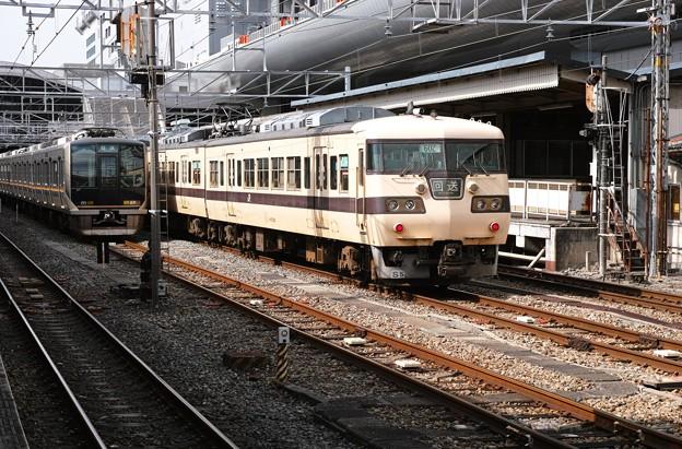 15.電留1番線へ入線中の117系(その4)