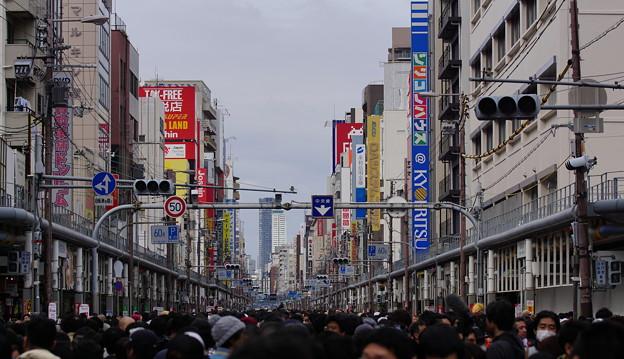 大盛況な日本橋ストリートフェスタホコ天