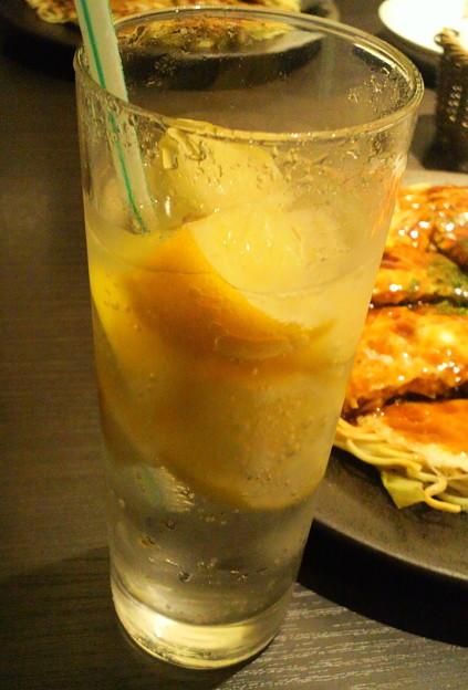 冷凍レモン入りスカッシュ