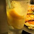 写真: 冷凍レモン入りスカッシュ