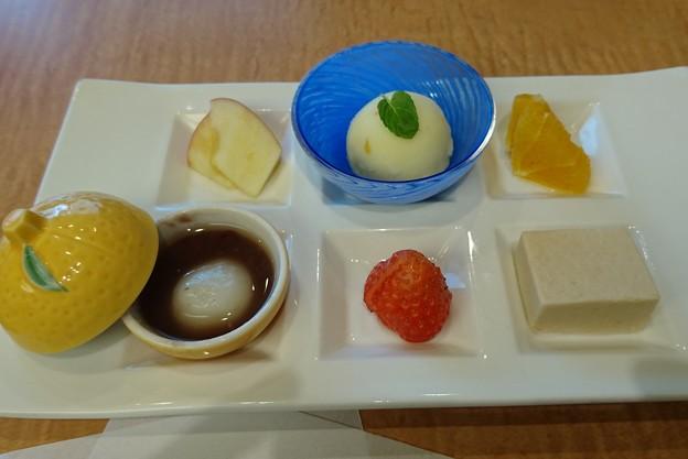 六種盛りデザート 京懐石美濃吉