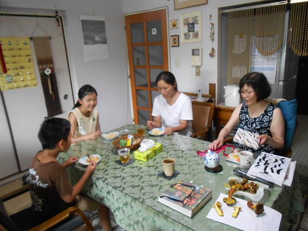 仏壇詣りと家内の誕生祝に