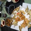 〆張鶴でハゼ天ぷらと南蛮漬けと甘露煮と