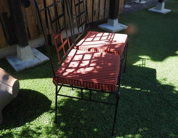 レストラン中庭 椅子~♪