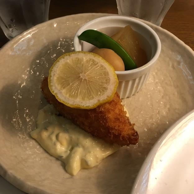 白身魚のクリーム入りフライ タルタルソース