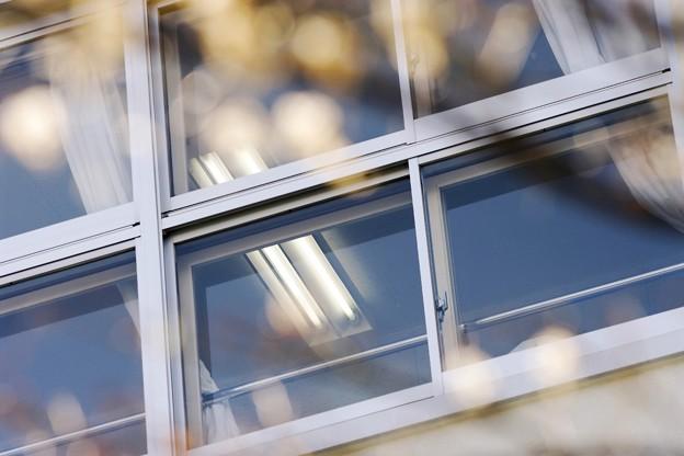 質感/ガラス/新学期の教室