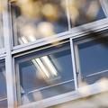 写真: 質感/ガラス/新学期の教室
