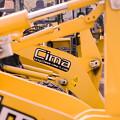 Photos: 働く車 yellow /夏眠中