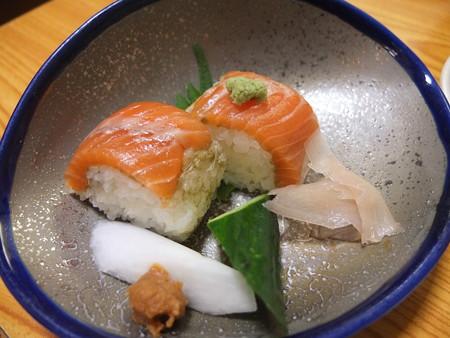割烹かこう(嘉肴) サクラマスの寿司