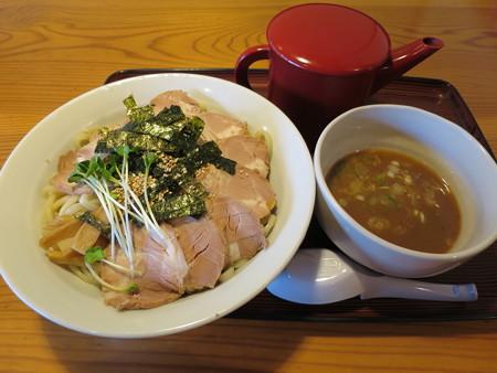 にぼし醤油らーめん 神楽屋 濃厚魚介チャーシューつけ麺(2玉)¥940