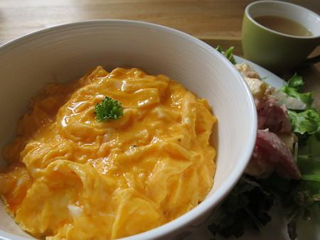 フェルの台所 ふわとろオム丼(限定20食) アップ