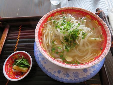ベトナム・キュイジーヌ・チャオゴン フォーガー(北部の鶏肉うどん)(単品)¥730