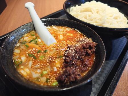 宝来軒 総本店 特つけ麺(普)坦々つけ汁 アップ