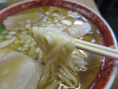 中華のカトウ 本店 チャーシュー麺 麺アップ