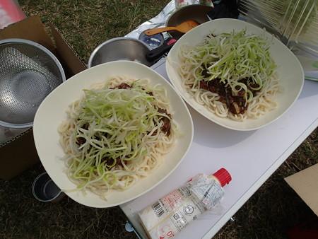 特製うどジャージャー麺(つぬまるさん調理)