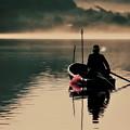 写真: 朝の釣り