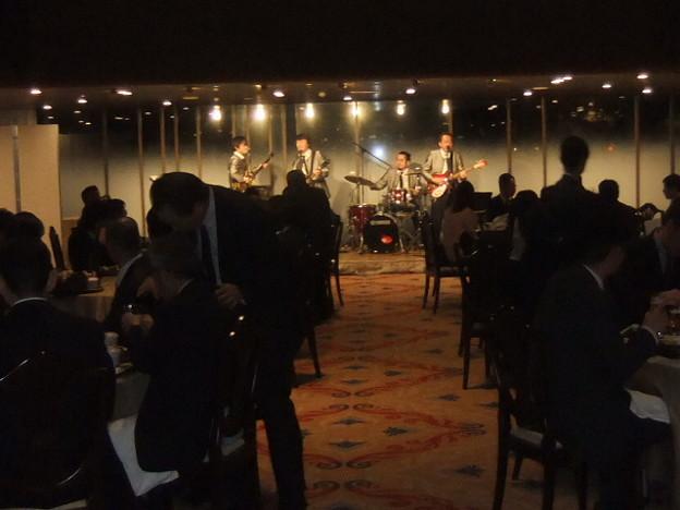 Photos: 1/9バットルズはパークホテルで演奏、え?社長乱入?1