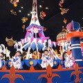 写真: 世界の約束(ハウルの動く城)ソプラノサックスで 絵夢島/PIXTA TDL