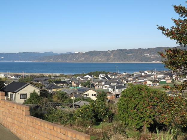 09長崎県道201号(小浜鉄道跡)より千々石海岸を望む