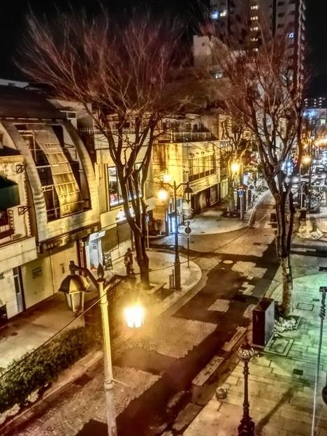 夜のパセオ通り