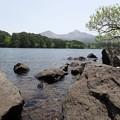 桧原湖から望む磐梯山