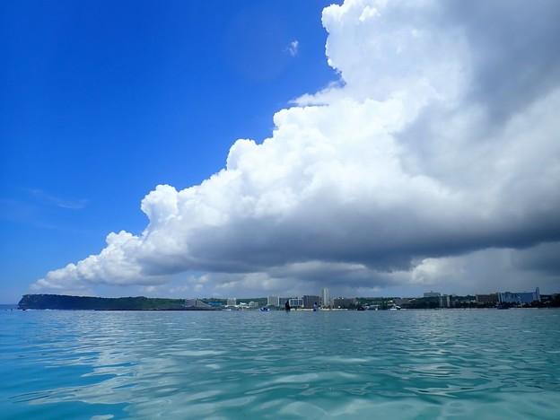 グアム島の空