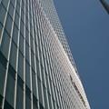 写真: 東京駅前