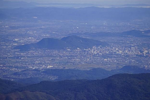 福島盆地の信夫山