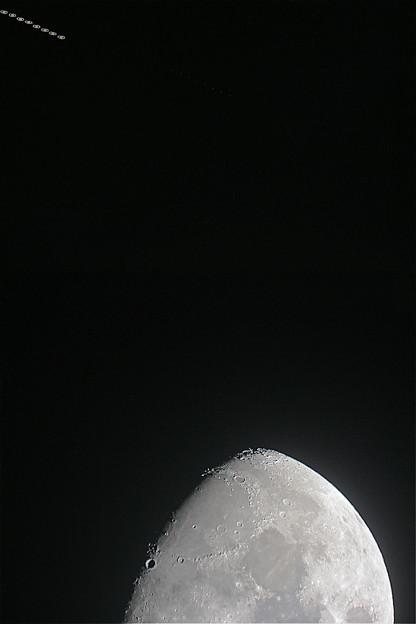 月と土星の接近22時38分から22時52分