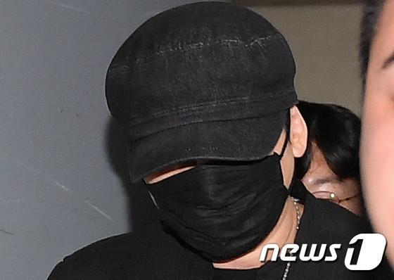 ヤン・ヒョンソク元YG代表、性売買あっせん容疑の被疑者として立件