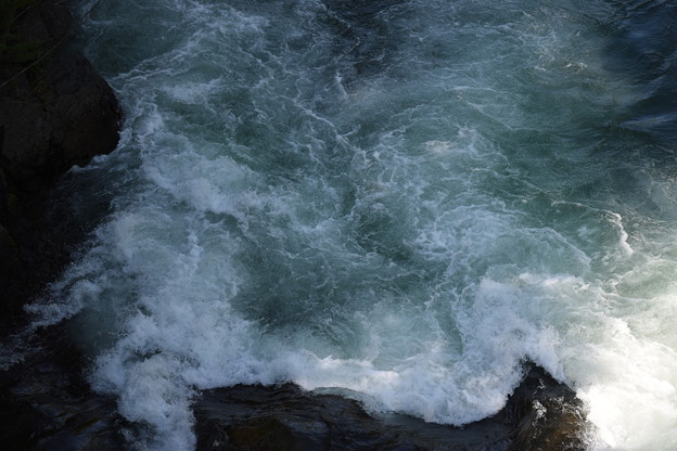 Photos: 下流を橋の上から