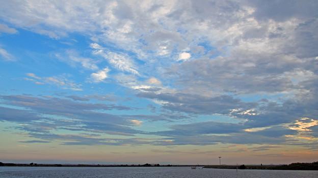 夕暮れ近くの空模様