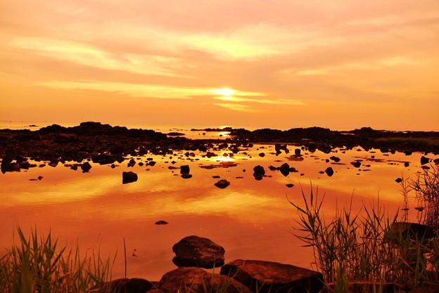 写真: 静寂の夕景 能登