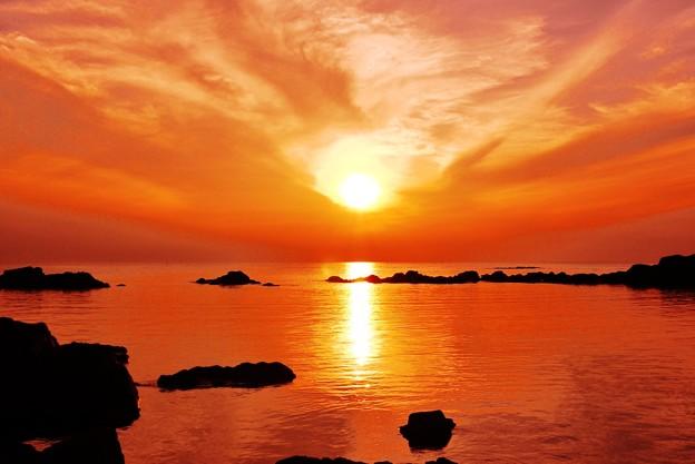 Photos: 夏の日本海は 能登の落陽